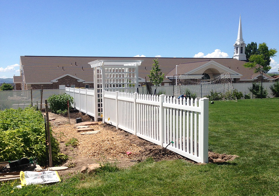 Vinyl Picket Fence Asl Fence